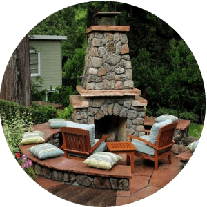 outdoor-fireplace-seating-texas